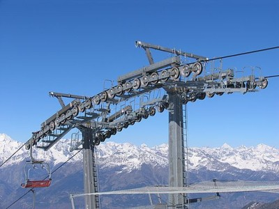 ski-lift-switzerland